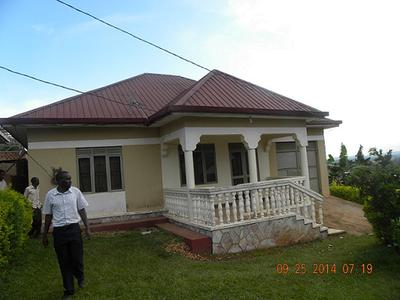 95million 3 bedroomed house in bulaga near watoto village for House designs in uganda