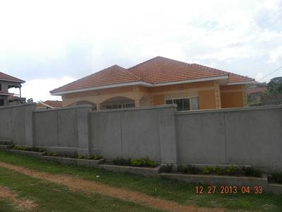 house in namugongo kyaliwajjala 3bedroomed 260million. Black Bedroom Furniture Sets. Home Design Ideas