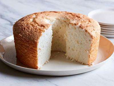 Lemon vanilla angel food cake