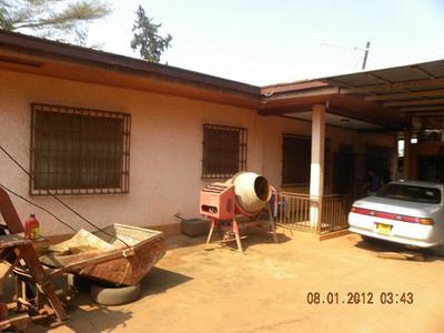 mawanda road 3 beroomed house. Black Bedroom Furniture Sets. Home Design Ideas
