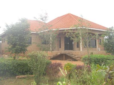 Residential house for sale in gayaza for Best residential houses in uganda