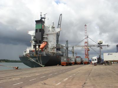 Tanzania,  Dar-es-slaam Port